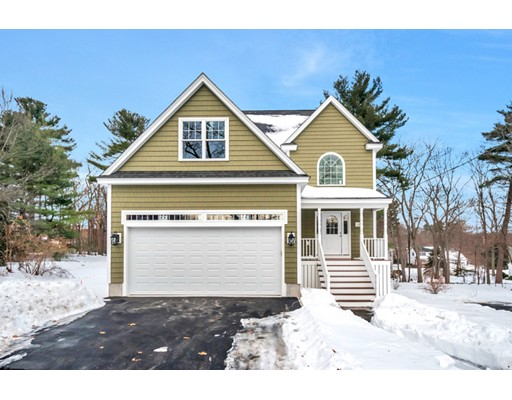 Single Family Home for Sale at 28 Thorndike Street 28 Thorndike Street Reading, Massachusetts 01867 United States