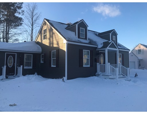 Single Family Home for Sale at 35 Valley Hts 35 Valley Hts Holyoke, Massachusetts 01040 United States