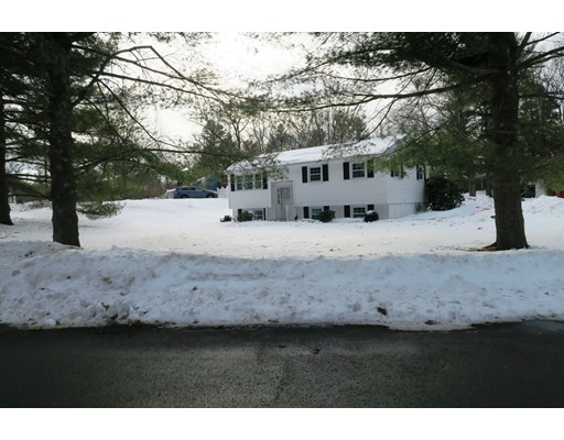 Single Family Home for Sale at 44 Endmoor Road 44 Endmoor Road Westford, Massachusetts 01886 United States