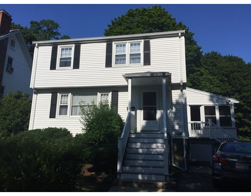 Picture 3 of 61 Wallace St  Malden Ma 3 Bedroom Single Family