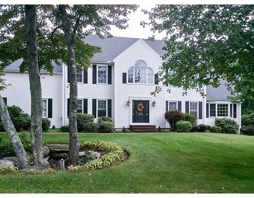 واحد منزل الأسرة للـ Sale في 15 Olde Tavern Road 15 Olde Tavern Road Leominster, Massachusetts 01453 United States