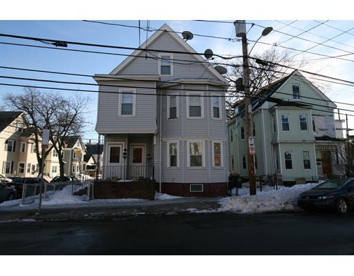 Single Family Home for Rent at 328 Washington Street Somerville, 02143 United States