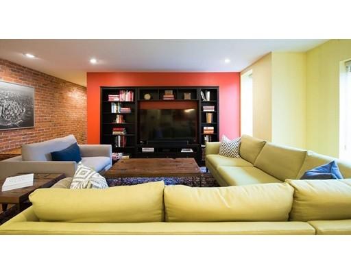 独户住宅 为 出租 在 79 Gainsborough 波士顿, 马萨诸塞州 02115 美国