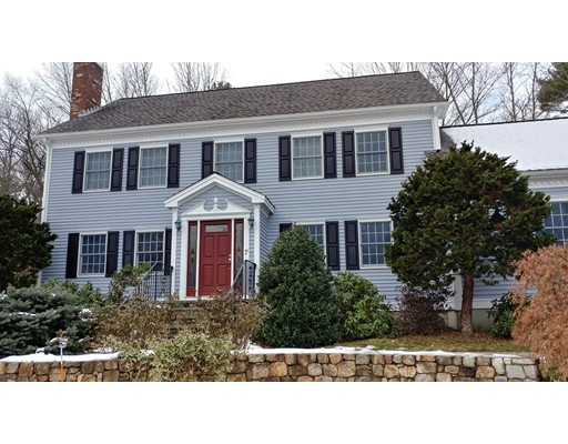Single Family Home for Rent at 7 Nottingham 7 Nottingham Walpole, Massachusetts 02071 United States