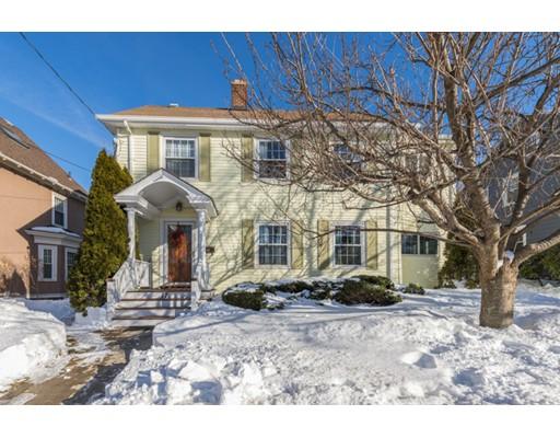 Частный односемейный дом для того Продажа на 17 School Street 17 School Street Melrose, Массачусетс 02176 Соединенные Штаты