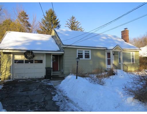 Частный односемейный дом для того Продажа на 137 Barrett Street 137 Barrett Street Northampton, Массачусетс 01060 Соединенные Штаты