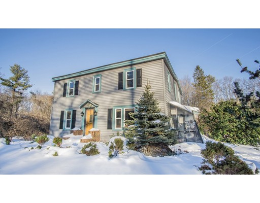 Single Family Home for Sale at 11 GORDON ROAD 11 GORDON ROAD North Reading, Massachusetts 01864 United States