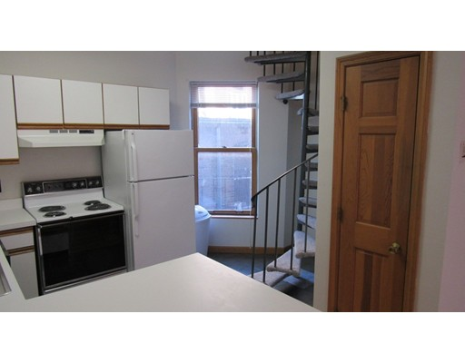 Additional photo for property listing at 30 Clark Street  Boston, Massachusetts 02109 United States