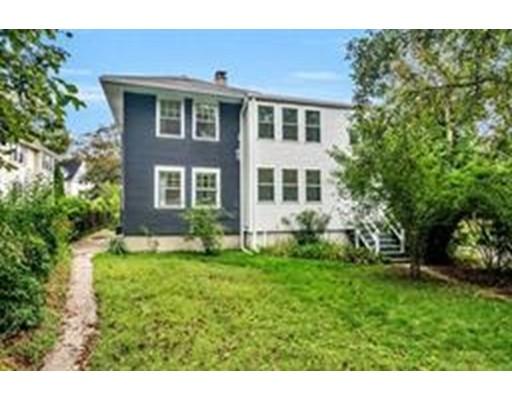 独户住宅 为 出租 在 61 Rowe Street 牛顿, 02466 美国
