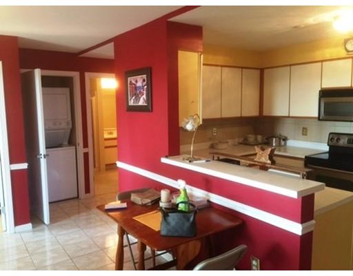 Частный односемейный дом для того Аренда на 30 Chelsea Street 30 Chelsea Street Everett, Массачусетс 02149 Соединенные Штаты