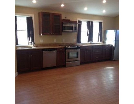 Apartment for Rent at 31 Sheridan Rd #2 31 Sheridan Rd #2 Wilmington, Massachusetts 01887 United States