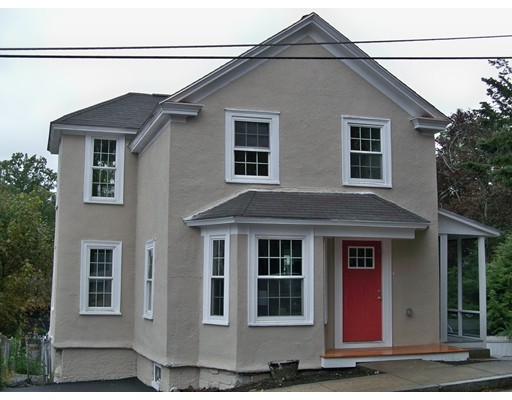 Picture 2 of 4 Reed St  Woburn Ma 3 Bedroom Single Family