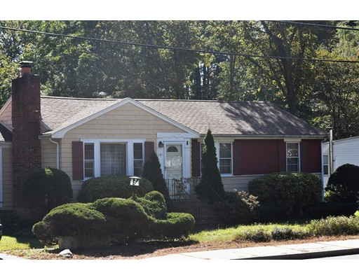 Picture 2 of 121 Bedford St  Burlington Ma 3 Bedroom Single Family