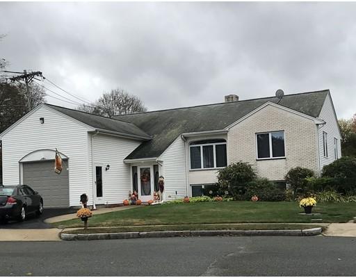 Частный односемейный дом для того Продажа на 3 Marzino Lane 3 Marzino Lane Stoneham, Массачусетс 02180 Соединенные Штаты