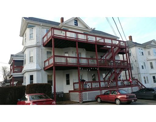 Maison avec plusieurs logements pour l Vente à 202 Osborn Street 202 Osborn Street Fall River, Massachusetts 02724 États-Unis