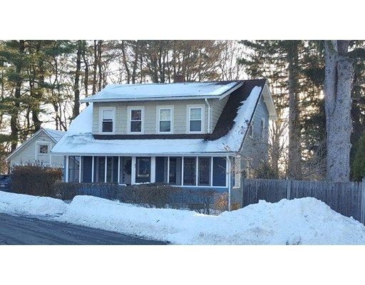 Picture 2 of 27 Philip St  Haverhill Ma 4 Bedroom Single Family