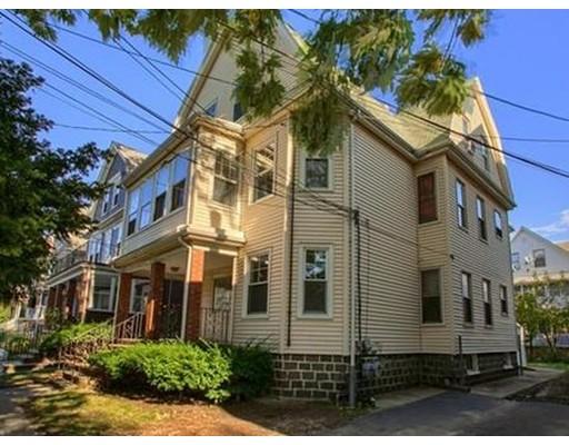 Maison accolée pour l à louer à 111 Highland Rd #1 111 Highland Rd #1 Somerville, Massachusetts 02144 États-Unis