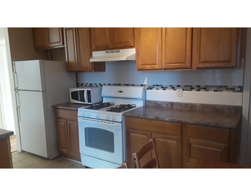 Additional photo for property listing at 2001 Commonwealth Avenue  Boston, Massachusetts 02135 United States