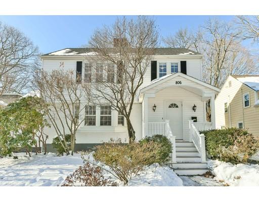 Single Family Home for Sale at 806 W Roxbury Pkwy 806 W Roxbury Pkwy Brookline, Massachusetts 02467 United States