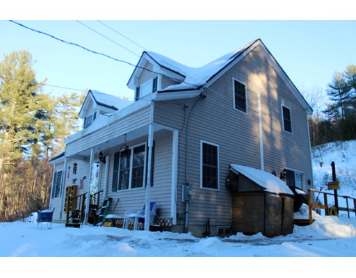 Single Family Home for Sale at 431 Barr Road 431 Barr Road New Braintree, Massachusetts 01531 United States