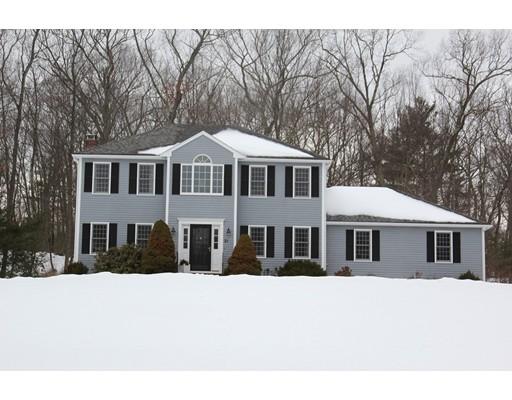 Maison unifamiliale pour l Vente à 21 Ashkins Drive 21 Ashkins Drive Mendon, Massachusetts 01756 États-Unis