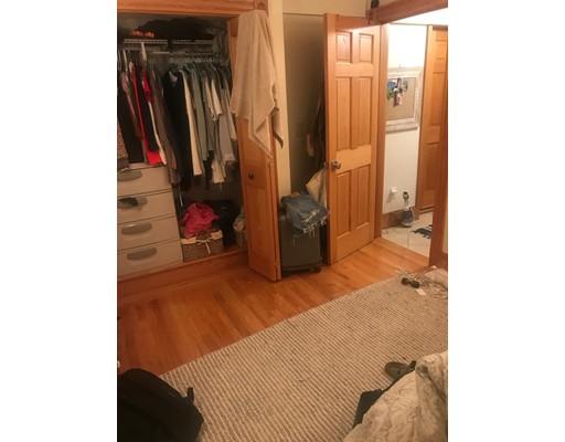 独户住宅 为 出租 在 89 Myrtle Street 波士顿, 马萨诸塞州 02114 美国
