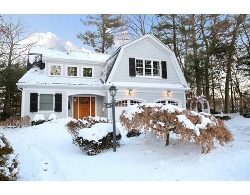 Maison unifamiliale pour l Vente à 27 College Road 27 College Road Wellesley, Massachusetts 02482 États-Unis