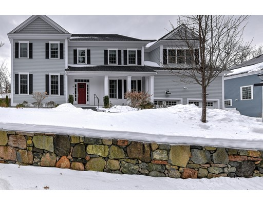 Single Family Home for Sale at 33 Erik Road 33 Erik Road Medfield, Massachusetts 02052 United States