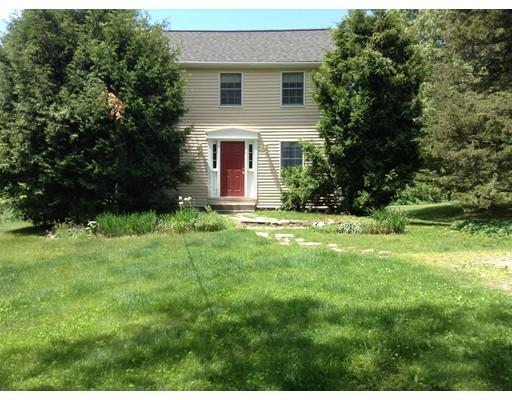 Частный односемейный дом для того Аренда на 81 Conant #81 81 Conant #81 Lincoln, Массачусетс 01773 Соединенные Штаты