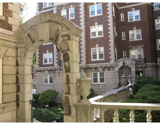 Single Family Home for Rent at 3 Arlington Street Cambridge, Massachusetts 02140 United States