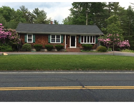 Single Family Home for Sale at 129 Bullock Road 129 Bullock Road Freetown, Massachusetts 02717 United States