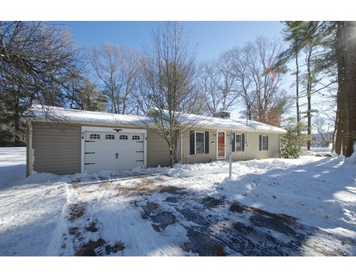 Single Family Home for Sale at 1326 Plymouth Street 1326 Plymouth Street East Bridgewater, Massachusetts 02333 United States