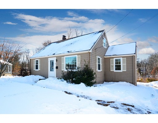 独户住宅 为 销售 在 23 Greenwood Road 23 Greenwood Road 诺斯伯勒, 马萨诸塞州 01532 美国