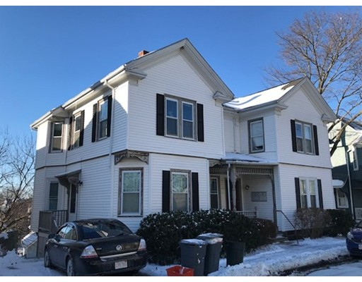 Casa Multifamiliar por un Venta en 12 Highland Avenue 12 Highland Avenue Beverly, Massachusetts 01915 Estados Unidos