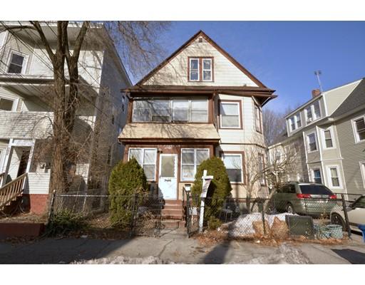 Maison avec plusieurs logements pour l Vente à 236 Bailey Street 236 Bailey Street Lawrence, Massachusetts 01843 États-Unis