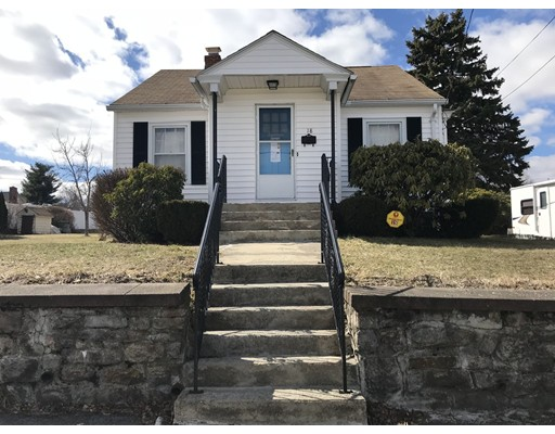 Single Family Home for Rent at 18 Benedict Road 18 Benedict Road Worcester, Massachusetts 01604 United States