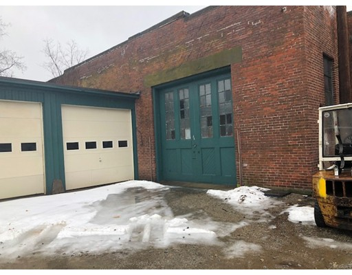Commercial for Rent at 12 Wellington Street 12 Wellington Street Webster, Massachusetts 01570 United States