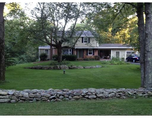 Single Family Home for Sale at 10 Reservoir Avenue 10 Reservoir Avenue Rehoboth, Massachusetts 02769 United States