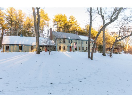 Single Family Home for Sale at 7 Lawrence Road 7 Lawrence Road Weston, Massachusetts 02493 United States