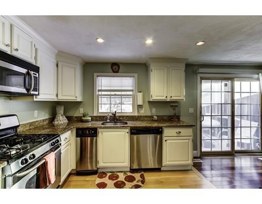 Condominio por un Venta en 479 Northboro Rd W 479 Northboro Rd W Marlborough, Massachusetts 01752 Estados Unidos