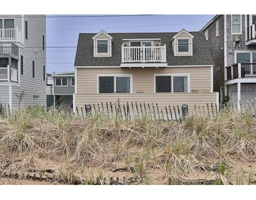 Single Family Home for Rent at 33 Atlantic Avenue 33 Atlantic Avenue Salisbury, Massachusetts 01952 United States