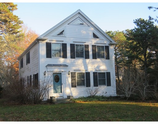 Single Family Home for Sale at 17 Long Pond Circle 17 Long Pond Circle Brewster, Massachusetts 02631 United States