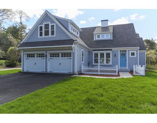 Casa Unifamiliar por un Venta en 14 Camden Lane 14 Camden Lane Mashpee, Massachusetts 02649 Estados Unidos