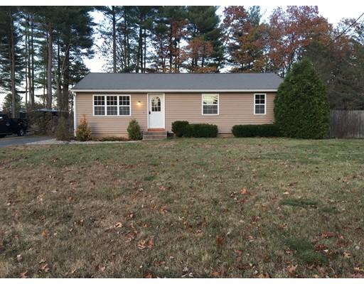 Single Family Home for Sale at 417 Southampton Road 417 Southampton Road Holyoke, Massachusetts 01040 United States