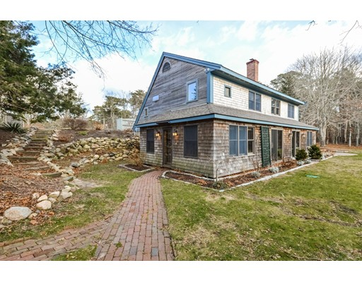 Single Family Home for Sale at 552 W Gate Road 552 W Gate Road Brewster, Massachusetts 02631 United States