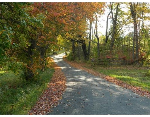 Земля для того Продажа на 11 Lamson Avenue 11 Lamson Avenue Belchertown, Массачусетс 01007 Соединенные Штаты