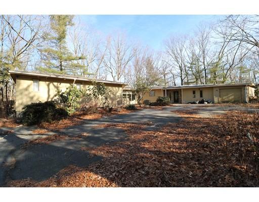 独户住宅 为 销售 在 9 Apple Tree Lane Johnston, 罗得岛 02919 美国