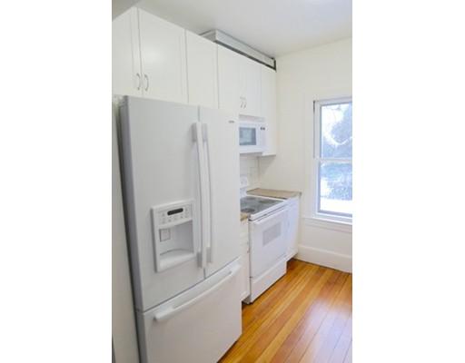 واحد منزل الأسرة للـ Rent في 46 Arlington Street 46 Arlington Street Newton, Massachusetts 02458 United States