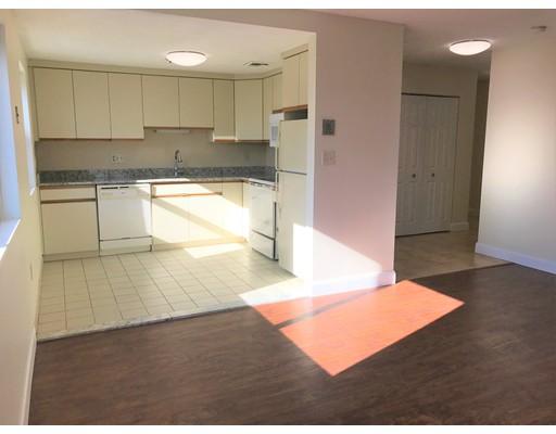 独户住宅 为 出租 在 11 Langdon Street Everett, 02149 美国