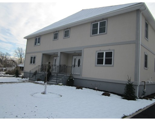 Townhouse for Rent at 67 Pine St #A 67 Pine St #A Woburn, Massachusetts 01801 United States